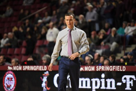 UMass men's basketball falters in the second half, falling to George Washington 83-67 Thursday