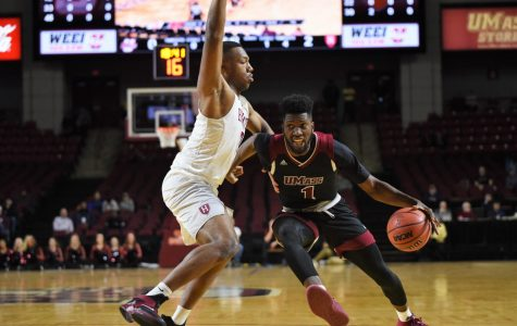 UMass men's basketball suffers first loss of the season