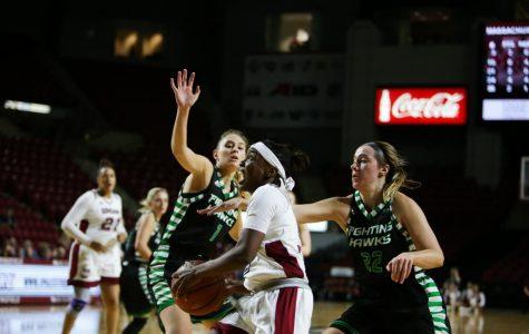 UMass women's basketball falls to North Dakota 59-52