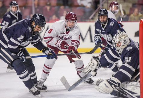 UMass fails to overcome second one-goal deficit of game in loss to UVM