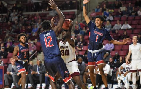 UMass men's basketball turns in lackadaisical performance against Howard
