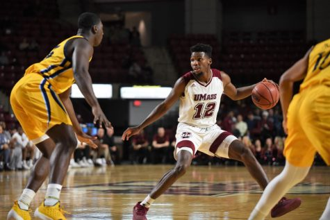 Notebook: Derek Kellogg mixes up starting lineup in UMass men's basketball's loss to George Mason