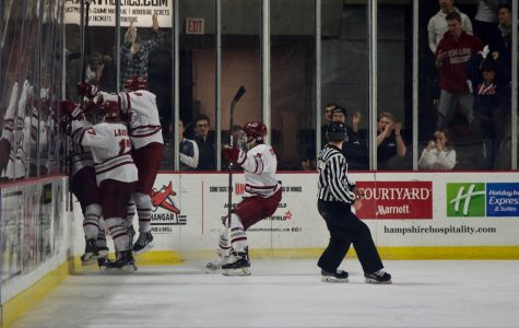 Second line steps up in No. 1 UMass hockey's 3-1 win over No. 8 Quinnipiac