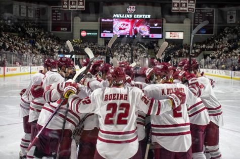 UMass hockey: Believe the hype