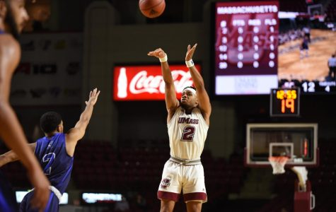 UMass men's basketball storms back to beat Providence