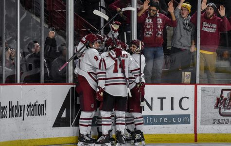 Late offensive push wills No. 2 UMass past No. 18 Yale