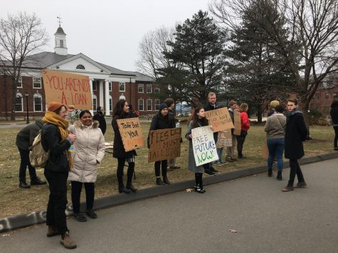 Student activists demand Board of Trustees to recognize student debt crisis