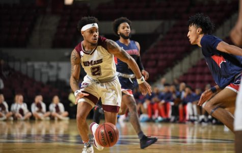 UMass offense goes stagnant in loss to La Salle