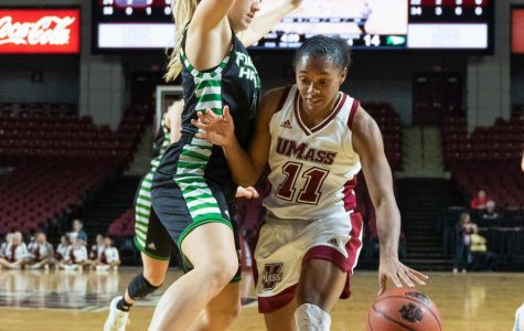 Flat offensive effort cripples Minutewomen basketball in 75-47 loss to Dayton