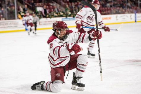 UMass club hockey comes out of weekend travel series with two wins