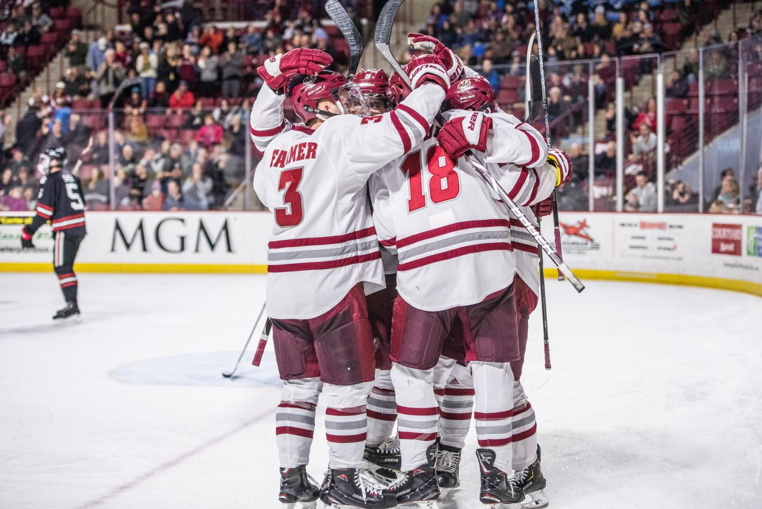 No  2 UMass holds on for 4-2 win vs  Maine – Massachusetts