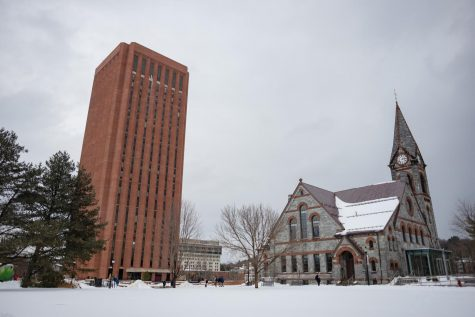 UMass Admissions support high school students protesting against gun violence