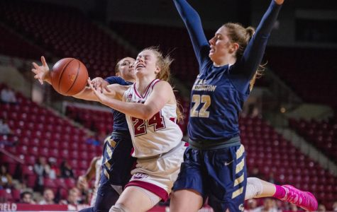 UMass women's basketball falls flat in loss to George Washington