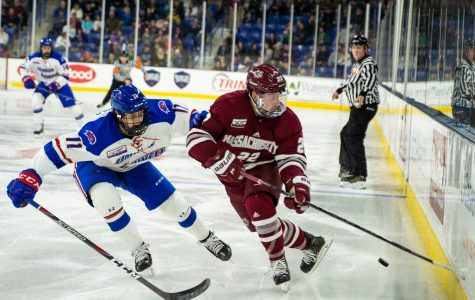 No. 2 UMass shut out by No. 15 UMass Lowell in best-of Hockey East matchup