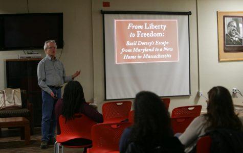 Malcolm X文化中心举办佛罗伦萨镇废奴主义历史的演讲