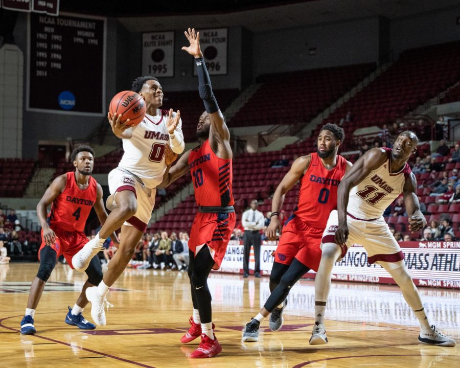 GALLERY: Men's basketball loses to Dayton Flyers