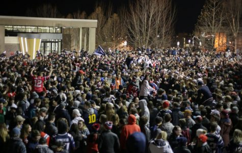 Crowd of 3,000 gathers in Southwest after Patriots Super Bowl win