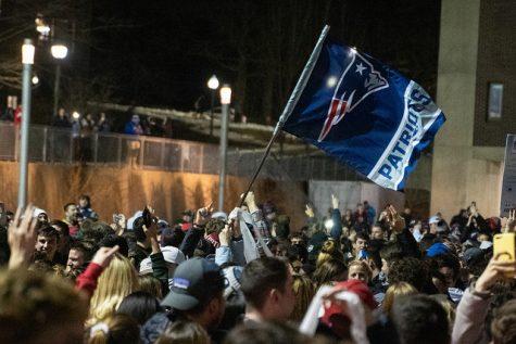 Student behauptet, dass verdeckte Polizei haben ihn während den Super Bowl Feier konfrontiert.