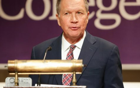Former Ohio governor John Kasich delivers talk at Amherst College