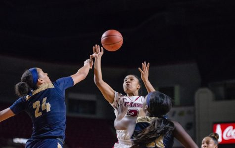 Slow start, lackluster aggression sink UMass women's basketball in loss against George Washington