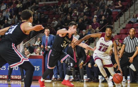Johnston: UMass men's basketball looks inspired after loss to Fordham