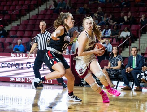 UMass women's basketball looks to youth for bigger roles