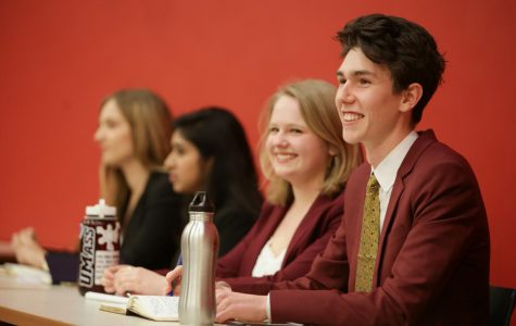 Presidential, vice presidential and trustee candidates debate in 2019 SGA debate