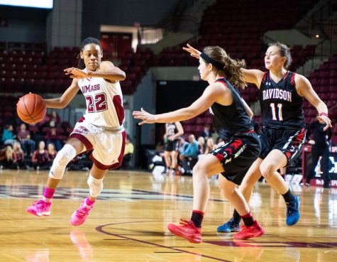 Third quarter run against Davidson shows urgency Minutewomen need
