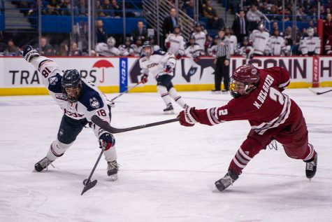 Slideshow: Minutemen victorious at Frozen Fenway 2012