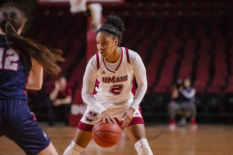 Aisha Rodney to join women's basketball team