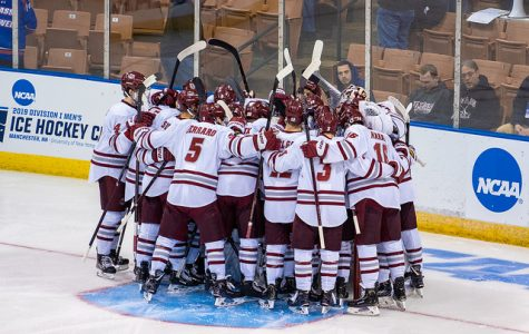 Minutemen cruise to NCAA Regional Finals with 4-0 victory over Harvard