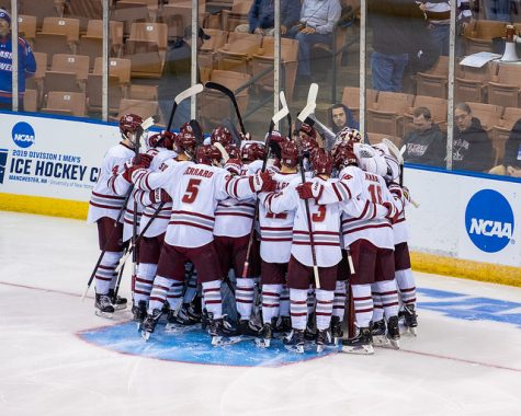 Minutemen cruise to NCAA Regional Finals with 4-0 victory over Harvard