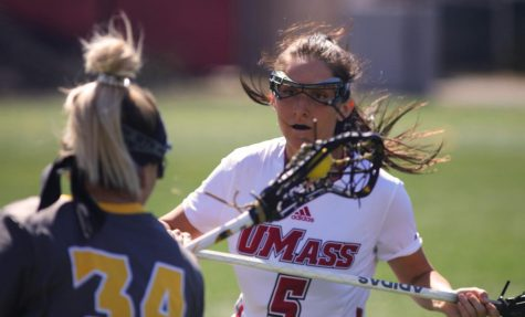 UMass field hockey loses weekend set
