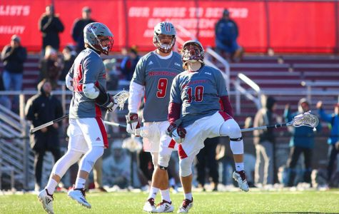 Men's lacrosse trounces UML, 14-4, for third straight win