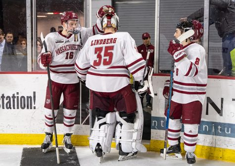 UMass hockey falls to No. 6 UMass Lowell for third time this season