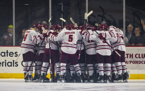 UMass secures Hockey East semifinal bid with dominant 6-0 win over UNH