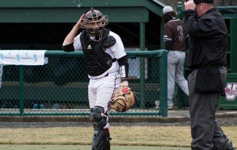 College Baseball Notebook: Vanderbilt sweeps Florida