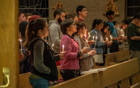 Newman Center holds candlelit vigil to honor those killed in Sri Lanka