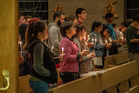 Newman Center holds candlelit vigil to honor those killed in Sri Lanka