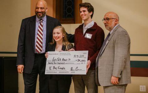 Mental health start-up company takes top prize at Isenberg Innovation Challenge