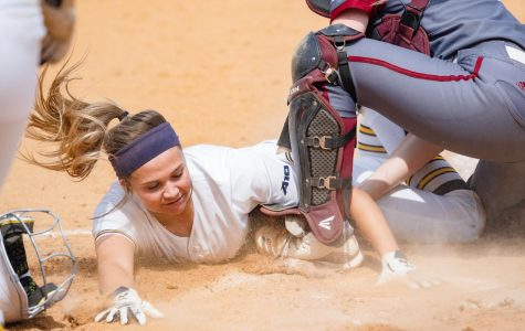 UMass softball sweeps La Salle with 8-2 victory