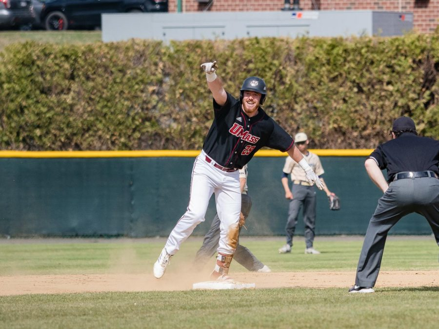 UMass baseball wins third straight, sixth of seven on Saturday