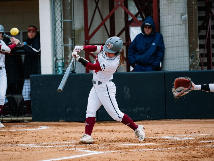 UMass+has+season+finale+rained+out+after+splitting+double+header+with+George+Mason
