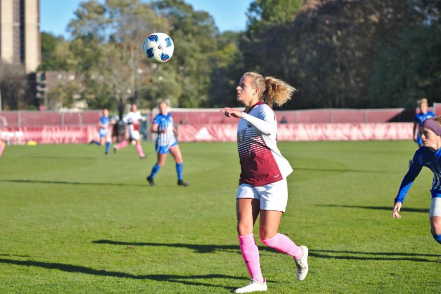 UML's Emily Nelson ties game in 76th minute, Minutewomen