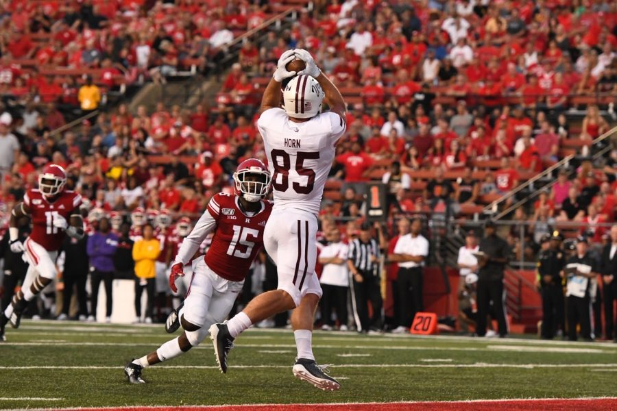 UMass football squanders early lead in 48-21 loss to Rutgers