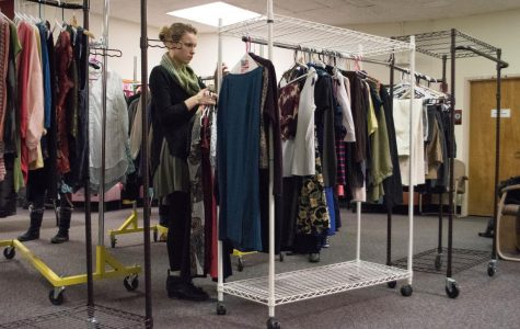 What's a capsule wardrobe? Practicing sustainable fashion