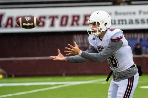 Hernandez, Pagel lead UMass to victory in 2011 season opener