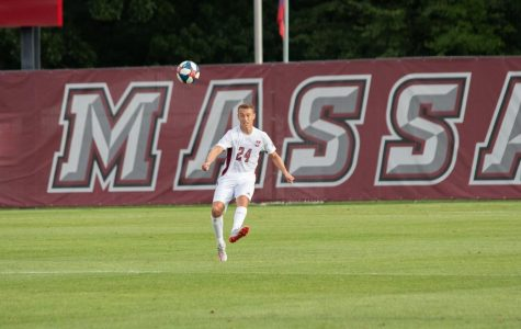 UMass men's soccer drops fourth-straight in frustrating loss at Dayton