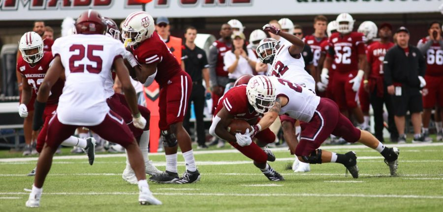 UMass football's offensive line issues doom offense in loss
