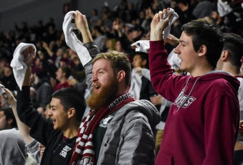 Zach Lewis embracing role as sixth man for UMass men's basketball